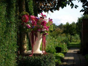 bloemenvaas ingang